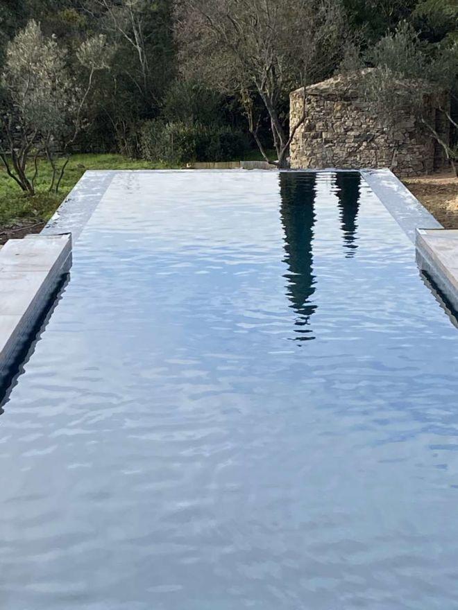 31-piscine-touch-elegance-debordement2 -web